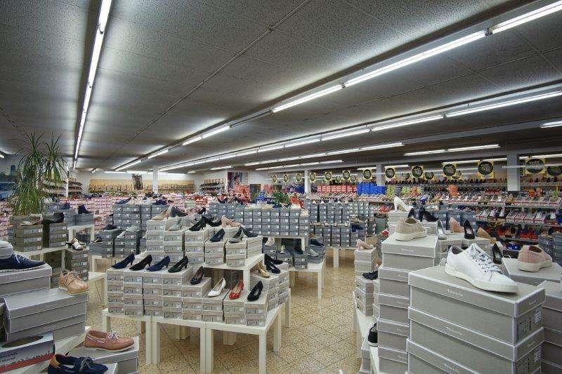 Schuhspezialist Bürstadt Weishaar In Schuh Ihr 8n0kwOP